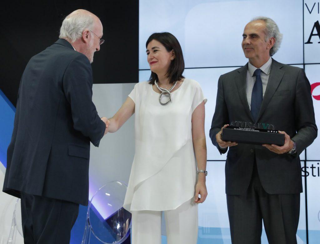 Premiados Atusalud LA RAZÓN Dr.Ramón Cabelos.